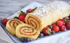 This Peruvian dessert is a delicate jelly roll cake filled with dulce de leche. The perfect ending to a celebratory feast. Yule, Jelly Roll Cake, Jelly Rolls, Peruvian Desserts, Low Carb Recipes, Cooking Recipes, Carrot Cake Cheesecake, Log Cake, Rolls Recipe