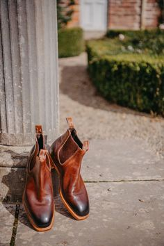 Williams boots were originally built to be worn in the Australian outback. Now, the iconic brand is worn all over the world. Shop the range online. Leather Chelsea Boots, Leather Men, Leather Boots, Rm Williams, Classic Man, Men S Shoes, Shoe Sale, Oxford Shoes, Dress Shoes