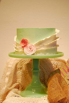 LOVE This cake so much.  Gorgeous colors and use of ruffling