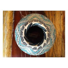 #ceramica #ceramics #pottery #mataortiz #blue #wood #mexico #chihuahua #picoftheday #mexicanart #design por daniela_chow en Instagram http://ift.tt/1Oc6Xsd #navitips