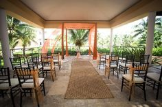 Now Jade Riviera Cancun is a perfect resort for your wedding if you are looking for that memorable, romantic wedding gazebo brilliantly placed overlooking the crystal clear waters of the Caribbean … #lizmooreweddingsnowjade #lizmooredesinationweddings #lizmoorerivieramaya #lizmooremexicoweddings