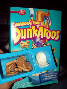 Oh, how I miss Dunkaroos:(