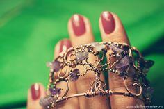 """""""Duskwood"""" Copper bracelet with amethyst"""
