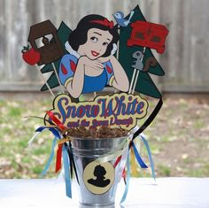 Disney's Princess Snow White party centerpiece by ladybugkarla Princess Theme Party, Disney Princess Party, Adult Birthday Party, Birthday Party Themes, Party Centerpieces, White Centerpiece, Snow White Birthday, Disney Princess Snow White, Birthdays