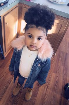 New Fashion Kids Baby Swag Ideas Cute Mixed Babies, Cute Black Babies, Beautiful Black Babies, Cute Baby Girl, Cute Little Girls, Beautiful Children, Cute Babies, Baby Swag Girl, Baby Baby