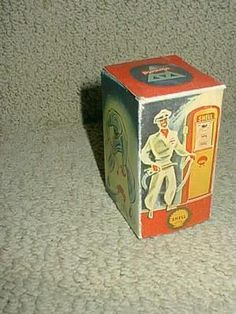 Vintage Arnold NR1000 Made in US Zone Germany Shell Oil Toy Gasoline Pump Box