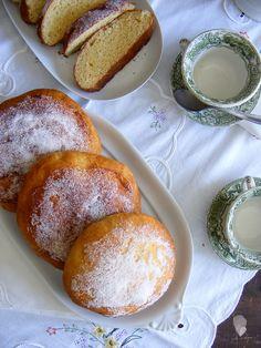 Spanish Desserts, Plum Cake, Sweet And Salty, Sin Gluten, Coffee Break, Pretzel Bites, Bakery, Brunch, Food And Drink