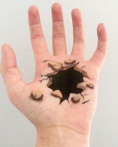 du bodypainting surréaliste sur les mains par Lisha Simpson  2Tout2Rien