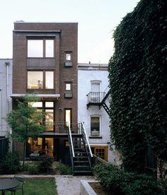 Carroll Gardens, Brooklyn rowhouse / back yard, lots of windows & light!