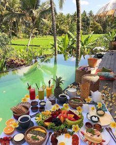 Ubud, Bali😍 cc: // Tag someone you ❤ Places To Travel, Places To Go, Breakfast Around The World, Brunch Table, Destination Voyage, Voyage Bali, Aesthetic Food, Luxury Life, Luxury Living