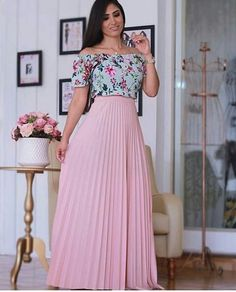 Feminine and Beautiful! Indian Gowns Dresses, Modest Dresses, Modest Outfits, Modest Fashion, Fashion Dresses, Long Skirt Outfits, Dress Outfits, Stylish Dress Designs, Beautiful Outfits