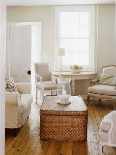 Previous pinner said, 'Keep a Small Room White & Light  It's an age-old decorating adage: light colors open up a room, while dark colors keep a space cozy. To give your room the illusion of spaciousness, bathe it in white. White surfaces bounce light around the room, keeping a small space feeling bright and open.'