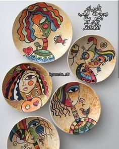 Arts And Crafts – abcconcpt Ceramic Painting, Fabric Painting, Ceramic Art, China Painting, Madhubani Art, Madhubani Painting, Pottery Painting Designs, Painted Plates, Plate Art
