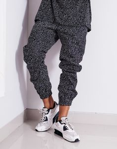 The Nemis Night Sky Tapered Pants are constructed in cotton twill with tapered legs, and is printed all-over in Nemis' Night Sky print. Shop Nemis at PASAR. Fashion Labels, Night Skies, Mens Fashion, Street Fashion, Harem Pants, Personal Style, Street Wear, Menswear, Street Style