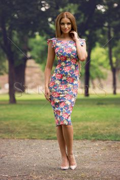 StarShinerS Revolution DarkBlue Dress, floral prints, sleeveless, slightly elastic fabric Floral Print Skirt, Floral Prints, Bohemian Look, Fall Collections, Fall Wardrobe, Feminine Style, Traditional Outfits, Revolution, Dark Blue
