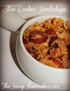 Easy Jambalaya Recipe - The Sassy Slow Cooker Crockpot Dishes, Crock Pot Slow Cooker, Crock Pot Cooking, Slow Cooker Recipes, Crockpot Recipes, Cooking Recipes, Crockpot Meat, Cooking Stuff, Slow Cooker Jambalaya