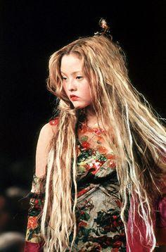 0hgirl:  Devon Aoki @ Jean-Paul Gaultier Spring / Summer 1999