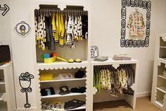 Primera #tienda exclusiva de #Lourdes. Abrimos en #Valencia, con colecciones de #modainfantil para #niña #niño #bebé y #ropa de #hogar. #kids #fashion