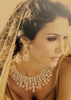 jewelry, make-up, gorgeous photo!