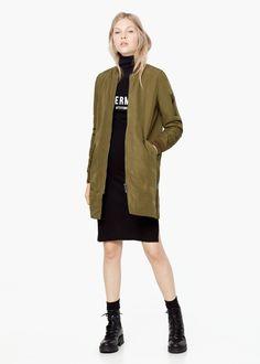 Zip-pocket textured jacket