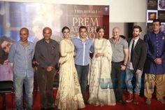 "Salman Khan - Sonam Kapoor's ""Prem Ratan Dhan Payo"" in steady 3rd week, 2nd 2015 film to reach 200 crore box office collections; Read more: http://www.washingtonbanglaradio.com/content/115039015-prem-ratan-dhan-payo-steady-3rd-week-2nd-2015-film-reach-200-crore-box-office-coll#ixzz3shHYW1DK  Via Washington Bangla Radio®  Follow us: @tollywood_CCU on Twitter"