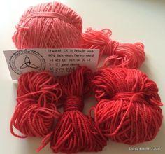 Ma version du châle Aranami - SpirouBobine Merino Wool, Winter Hats, Shawl, Long Scarf, Lace Knitting Patterns, Headscarves