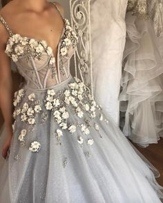 Sparkly Prom Dress, Long Floor Length ball gown quinceanera dresses Evening Dresses Glamorous Prom Dress light gray Graduaction Dresses These 2020 prom dresses include everything from sophisticated long prom gowns to short party dresses for prom. Classy Prom Dresses, Chic Wedding Dresses, Floral Prom Dresses, Ball Dresses, Elegant Dresses, Pretty Dresses, Evening Dresses, Sexy Dresses, Gown Wedding