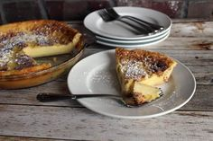 Magic Crust Custard Pie Recipe — My mom used to make this yummy custard. The flour settles to the bottom and creates its own crust. Easy and very good! Light Desserts, Easy Desserts, Delicious Desserts, Yummy Food, Easy Sweets, Fun Food, Pie Recipes, Sweet Recipes, Dessert Recipes