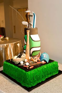 Golf-themed groom's cake. Photo by Chris Humphrey Photography. #wedding #cake #groomscake #golf