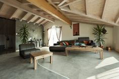 interior new loft, ethnic furniture, living room , Attic Living Rooms, Spacious Living Room, Living Spaces, White Ceiling, Ceiling Beams, Exposed Ceilings, Brown Furniture, Diy Home Decor, House Design