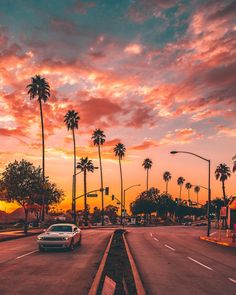 sunset road Burbank, CA: Today was LIT! Aesthetic Backgrounds, Aesthetic Iphone Wallpaper, Aesthetic Wallpapers, Sunset Wallpaper, Iphone Background Wallpaper, Photo Wall Collage, Picture Wall, California Palm Trees, Cali California