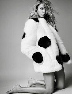 Natasha Poly for Vogue Paris by Mario Testino
