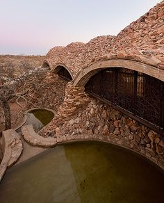 Vaulted Mapungubwe Interpretation Center by South Africa's Peter Rich Architects Source: https://imgur.com/EqEyqUT