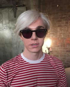 See The First Look At Evan Peters As Andy Warhol On American Horror Story