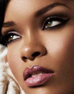 Great bridal look African American makeup plums. www.motivescosmetics.com/cvida