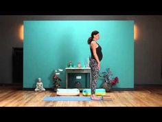 Yoga für Schwangere mit Nicole Bongartz - YouTube