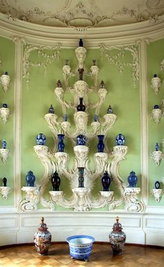 Chinoiserie Decor with Chinese Blue and White Decoration, Art Decor, Home Decor, Fine Paints Of Europe, Palace Interior, Terracota, Grand Homes, Rococo Style, Green Rooms