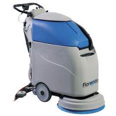 Máy chà sàn liên hợp 03 chức năng gồm chà sàn, hút bụi, hút nước. Thân máy được cấu tạo bằng nhựa ABS chống va đập, bền với mọi thời tiết và môi trường xung quanh. Có ngăn chứa nước dung dịch và nước bẩn độc lập. Sử dụng cho nhà máy, bệnh viện, sân bay…