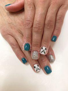 Arrow nails. #PreciousPhan