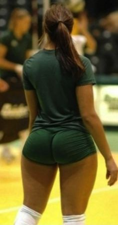 College Volleyball Women's Booty | Fellas Check The Pic) The Volleyball Player That Has Everyone Talking ...