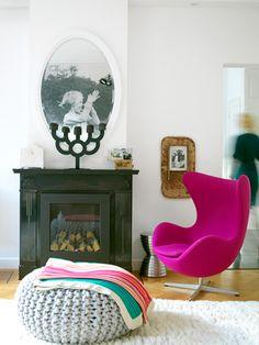 Het ophangen van een oude foto zorgt ervoor dat een huis gaat leven.