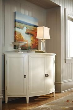 Chateau Cabinet