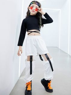 Hip Hop Outfits, Kpop Fashion Outfits, Girls Fashion Clothes, Cute Girl Outfits, Kids Outfits Girls, Stage Outfits, Korean Outfits, Retro Outfits, Cute Casual Outfits