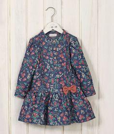 Bebek elbise,bebek tulum,bebek body,andywawa,wawahouse,bebek giyim,bebek papyon,bebek şort tulum,bebek kravat,mevlüt takım,hamile,bebek uyku tulumu,bebek havlu,bebek takım elbise,bebek toka,bebek saç bandı, Frocks For Girls, Toddler Girl Dresses, Little Girl Dresses, Kids Frocks Design, Baby Frocks Designs, Baby Girl Dress Patterns, Baby Dress Design, Kids Dressy Clothes, Kids Dress Wear