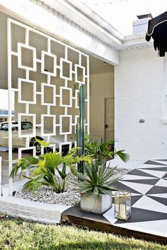 "<p>Beautify an ugly carport by adding a stylish <a href=""http://www.popsugar.com/home/DIY-Mid-Century-Trellis-41954994"">midcentury-modern carport trellis</a>, like this stunning <a href=""http://www.abeautifulmess.com/2016/06/mid-century-trellis-diy.html"">DIY one</a>.</p>"