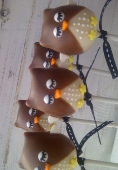 Owl cake pops #owls #cakepops
