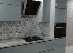 Компания Атмосфера при изготовлении мебели использует различные материалы: металл, натуральное дерево, ЛДСП, МДФ, шпон, стекло, пластик, камень, бетон. А также комплектующие и фурнитуру ведущих европейских и российских производителей, которые проходят многоуровневую проверку качества, прежде чем попасть на производственную площадку. Tile Floor, Kitchen Cabinets, Flooring, Home Decor, Decoration Home, Room Decor, Kitchen Base Cabinets, Tile Flooring, Hardwood Floor