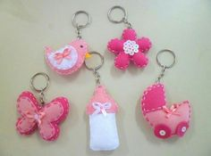 Zips and Things Recuerdos Baby Shower Niña, Baby Shower Gifts, Baby Gifts, Sewing Crafts, Sewing Projects, Felt Keychain, Keychains, Felt Baby, Felt Brooch
