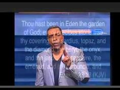 Creflo Dollar 2016, Creflo Dollar Sermons 2016, Your Spiritual Authority and Your Spiritual Law Creflo Dollar 2016 is the founder and senior pastor of World Changers Church International (WCCI) in College Park, Georgia, which serves nearly 30,000 members; World Changers Church-New York, which hosts over 6,000 worshippers each week; and a host of satellite