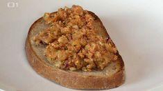 Tvarůžkový tatarák na chlebových toastech — Kluci v akci — Česká televize Banana Bread, Toast, Pie, Food, Fitness, Recipes, Torte, Cake, Fruit Cakes